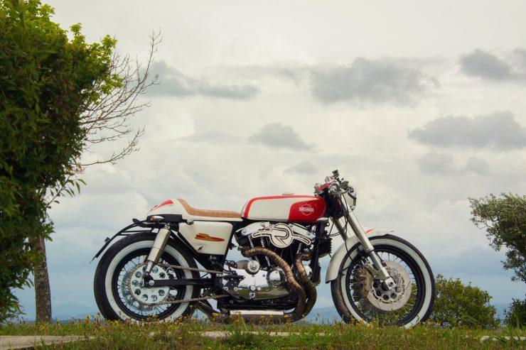 harley davidson ironhead sportster 14 740x493 - Redonda Motors Harley-Davidson Ironhead