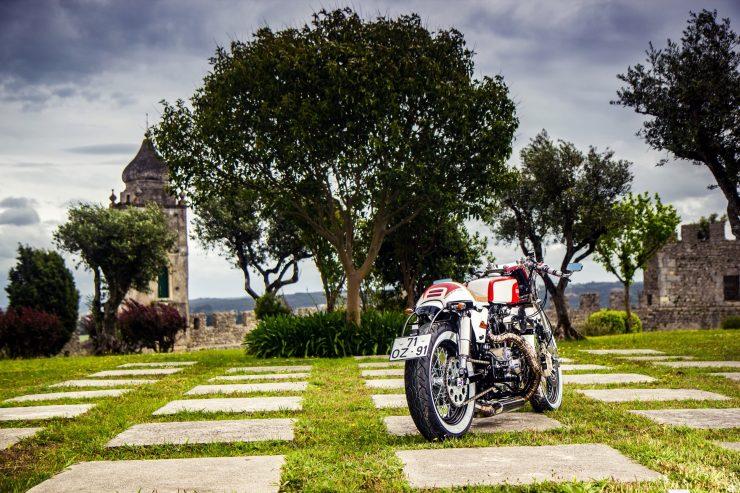 harley davidson ironhead sportster 24 740x493 - Redonda Motors Harley-Davidson Ironhead
