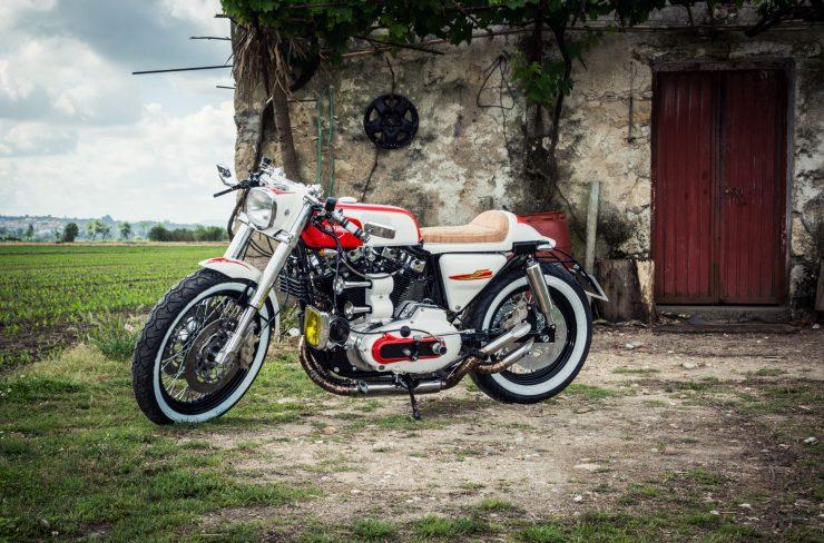 harley davidson ironhead sportster 3 740x488 - Redonda Motors Harley-Davidson Ironhead