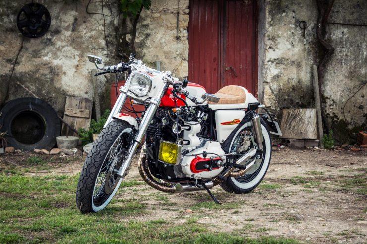 harley davidson ironhead sportster 4 740x493 - Redonda Motors Harley-Davidson Ironhead