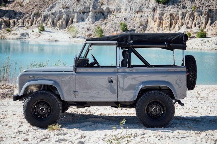 land rover defender 4 740x494 - Land Rover Defender Td5
