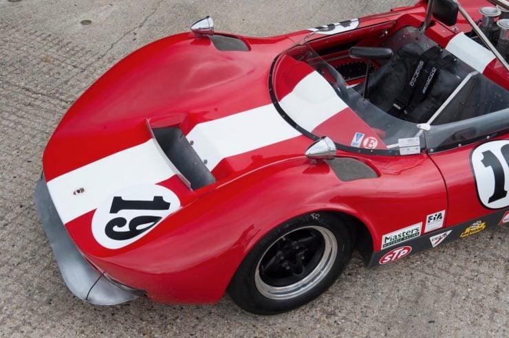 mclaren m1b can am car 10 740x492 - 1965 McLaren M1B Group 7 Can-Am Racer