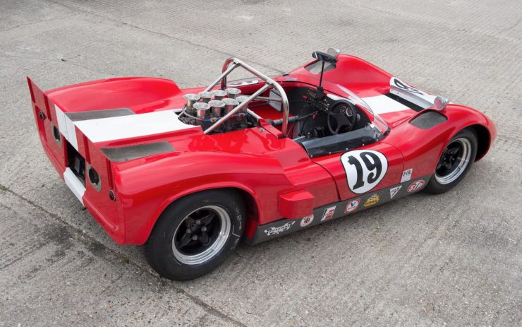 mclaren m1b can am car 13 740x463 - 1965 McLaren M1B Group 7 Can-Am Racer