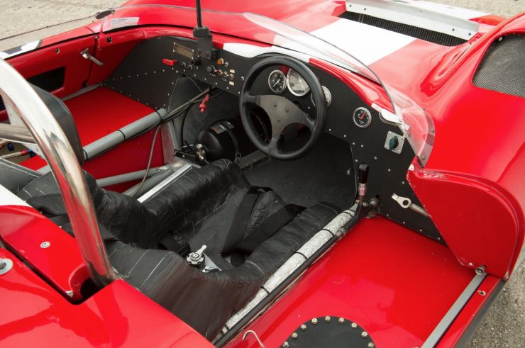 mclaren m1b can am car 17 740x491 - 1965 McLaren M1B Group 7 Can-Am Racer