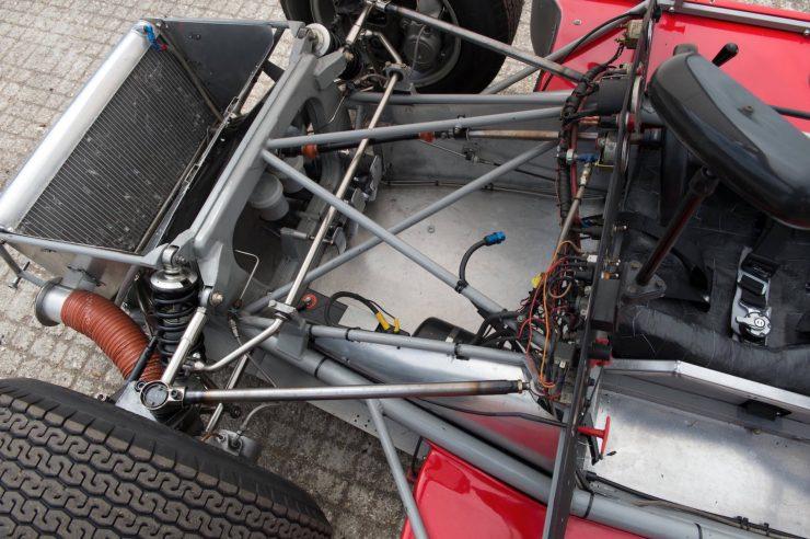 mclaren m1b can am car 19 740x492 - 1965 McLaren M1B Group 7 Can-Am Racer
