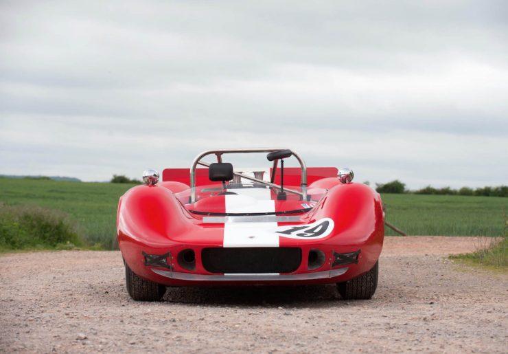 mclaren m1b can am car 2 740x515 - 1965 McLaren M1B Group 7 Can-Am Racer