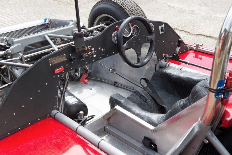 mclaren m1b can am car 20 740x494 - 1965 McLaren M1B Group 7 Can-Am Racer