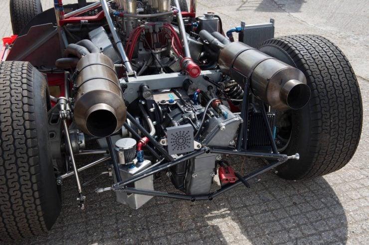 mclaren m1b can am car 21 740x492 - 1965 McLaren M1B Group 7 Can-Am Racer