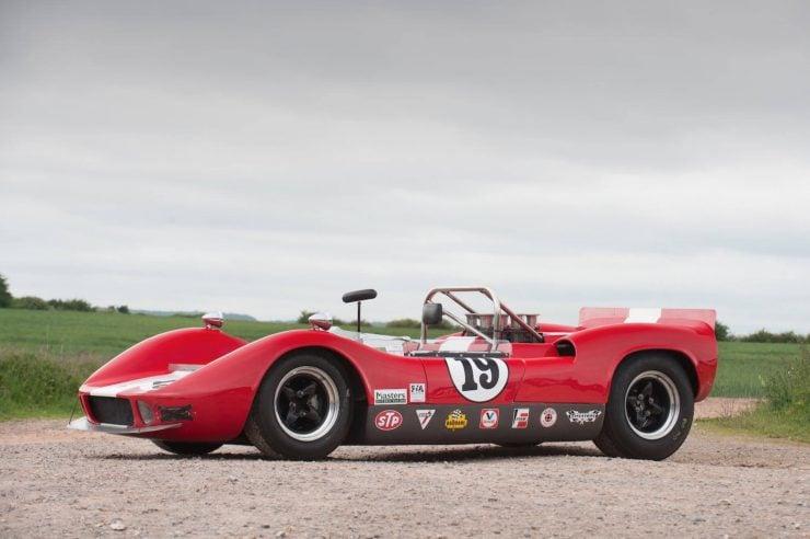 mclaren m1b can am car 3 740x492 - 1965 McLaren M1B Group 7 Can-Am Racer