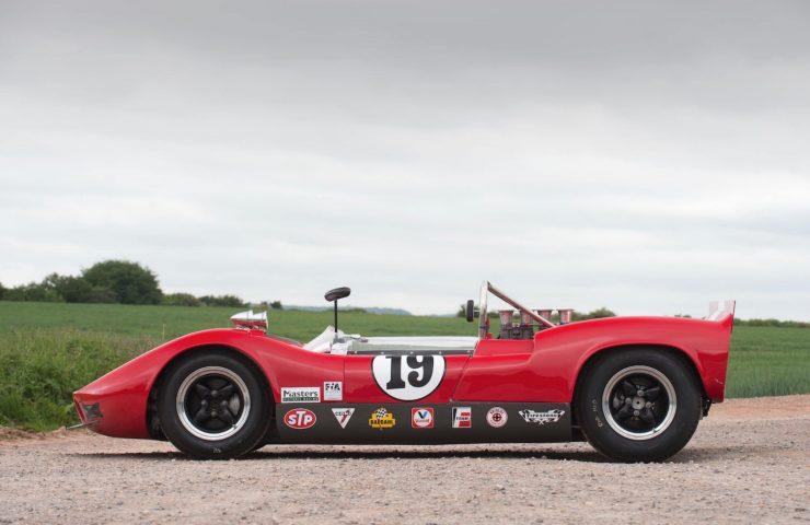 mclaren m1b can am car 4 740x480 - 1965 McLaren M1B Group 7 Can-Am Racer