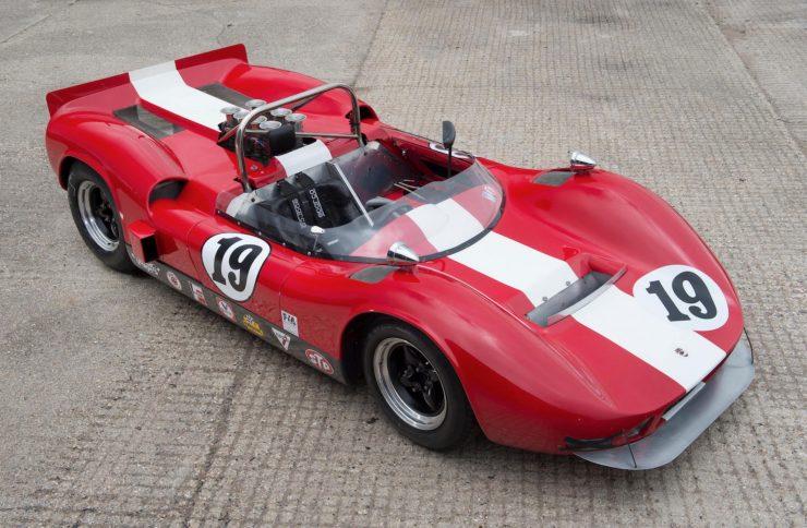 mclaren m1b can am car 6 740x484 - 1965 McLaren M1B Group 7 Can-Am Racer