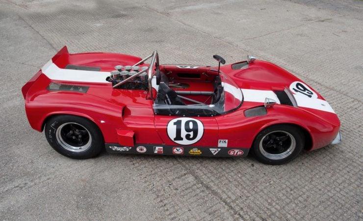 mclaren m1b can am car 7 740x450 - 1965 McLaren M1B Group 7 Can-Am Racer