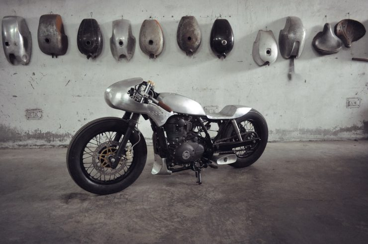 royal enfield himalayan custom 14 740x491 - The World's Fastest Royal Enfield Himalayan