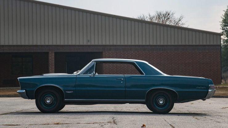 1965 Pontiac GTO 11 740x416 - 1965 Pontiac GTO