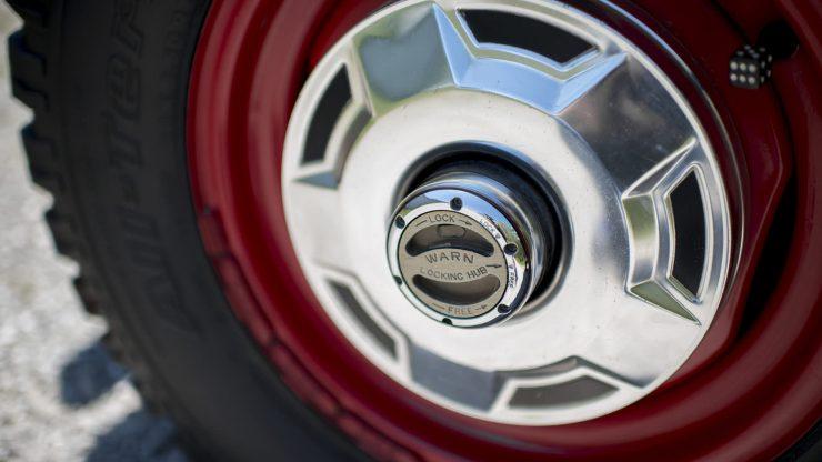 Ford Bronco Half Cab 10 740x416