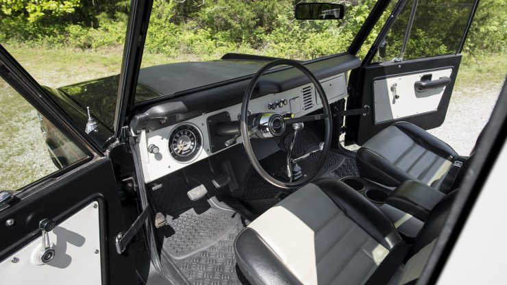 Ford Bronco Half Cab 3 740x416 - 1969 Ford Bronco Half Cab