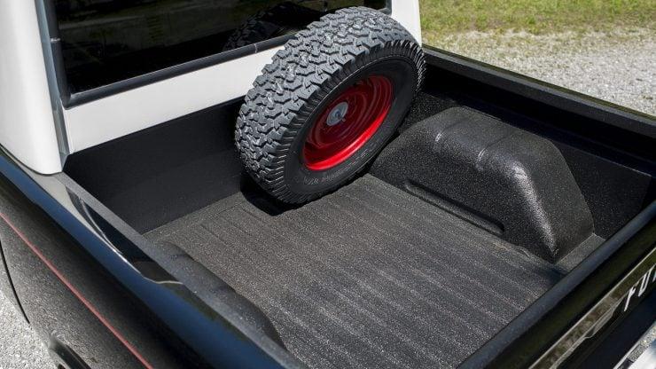 Ford Bronco Half Cab 9 740x416