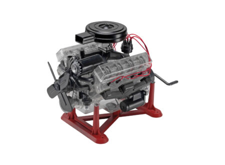 Revell 1 4 Scale Working V8 Model Engine 450x330 - Revell 1:4 Scale Working V8 Model Engine