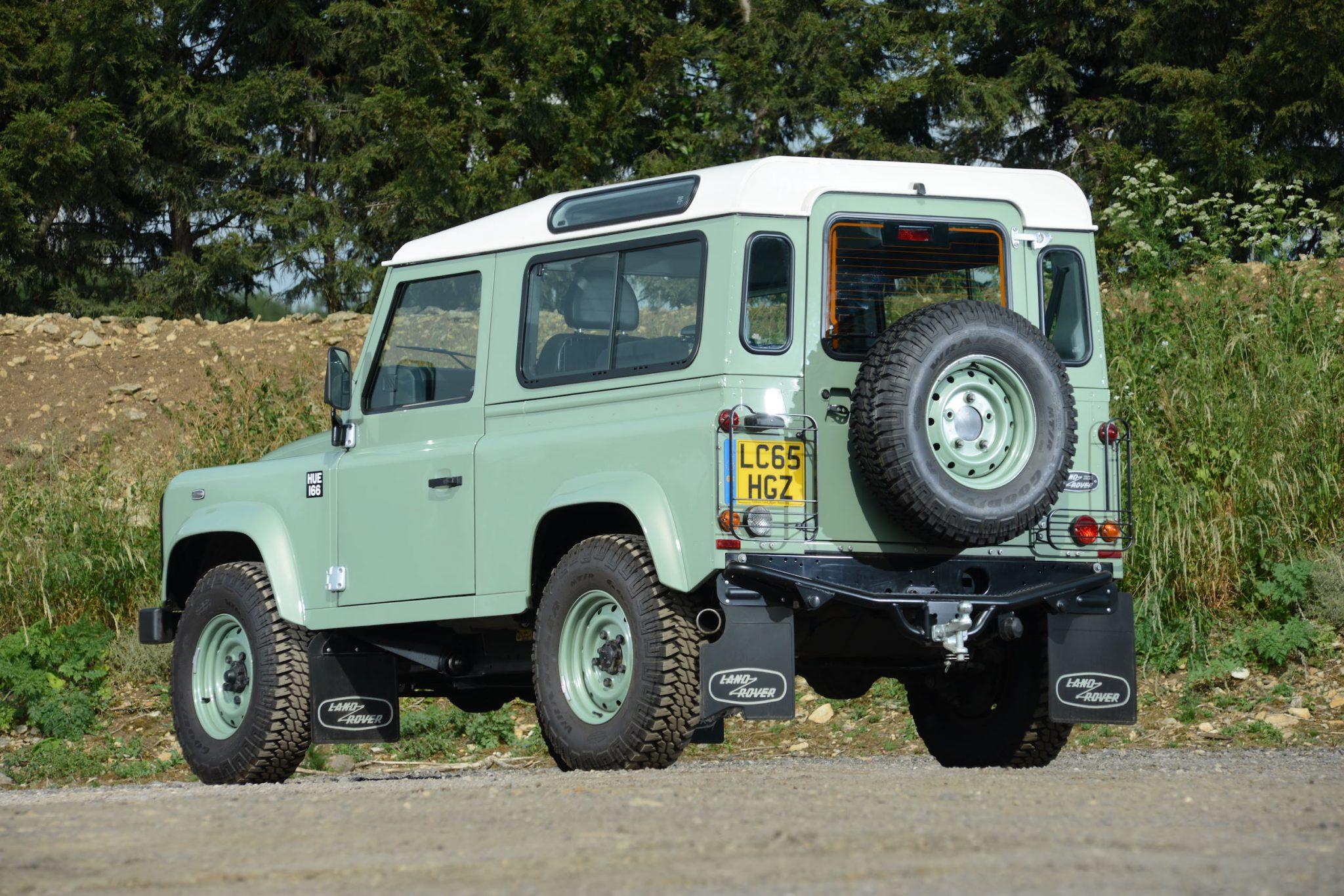 Rowan Atkinson's Land Rover Defender 12 - Rowan Atkinson's Land Rover Defender