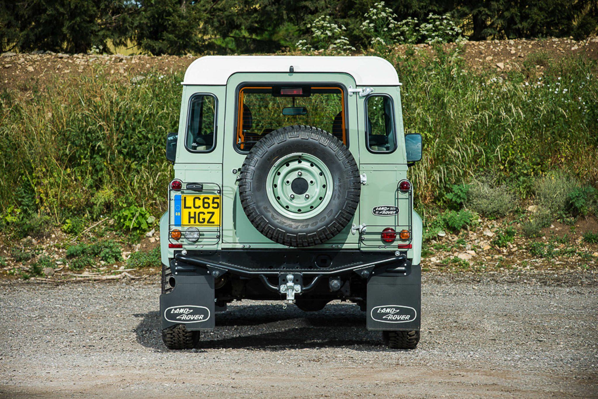 Rowan Atkinson's Land Rover Defender 13 - Rowan Atkinson's Land Rover Defender