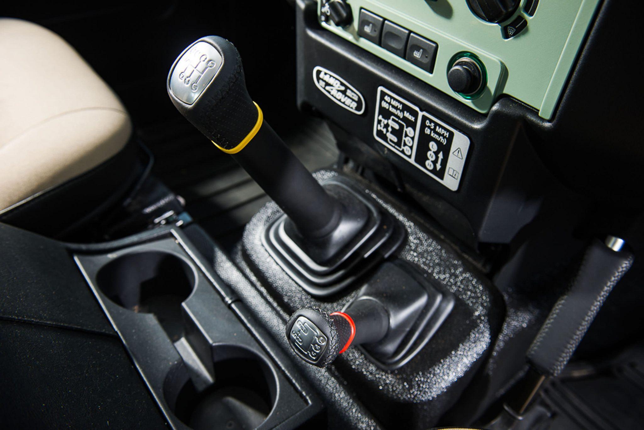Rowan Atkinson's Land Rover Defender 6 - Rowan Atkinson's Land Rover Defender