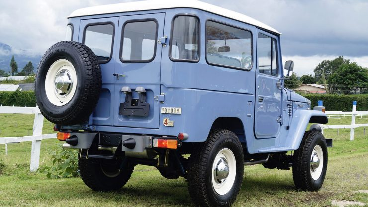 Toyota Land Cruiser BJ40 1 740x416 - 1976 Toyota Land Cruiser BJ40