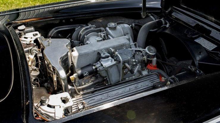 chevrolet corvette 10 740x416 - 1962 Chevrolet Corvette - 327 Cubic Inch