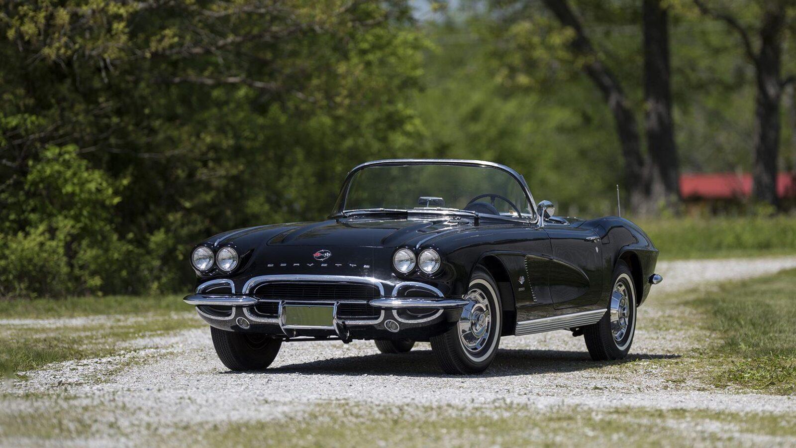 chevrolet corvette 4 1600x900 - 1962 Chevrolet Corvette - 327 Cubic Inch