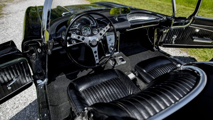 chevrolet corvette 7 740x416 - 1962 Chevrolet Corvette - 327 Cubic Inch