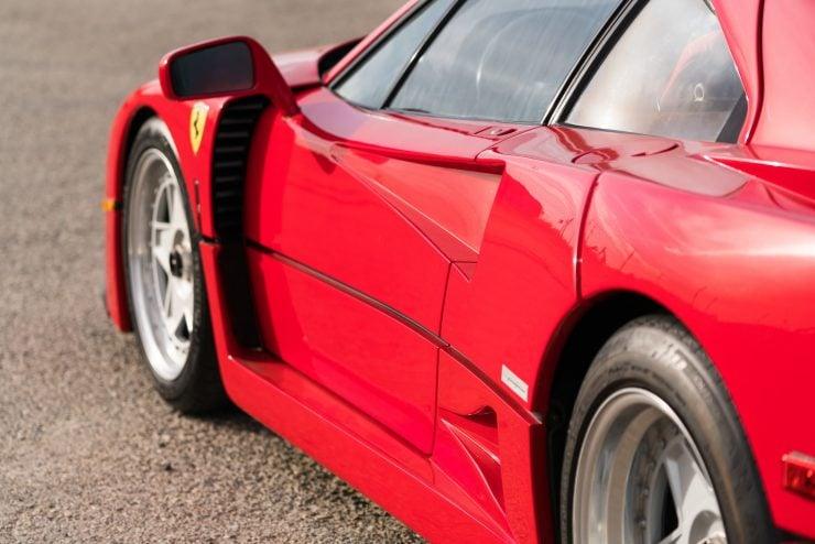 ferrari f40 13 740x494 - 1992 Ferrari F40