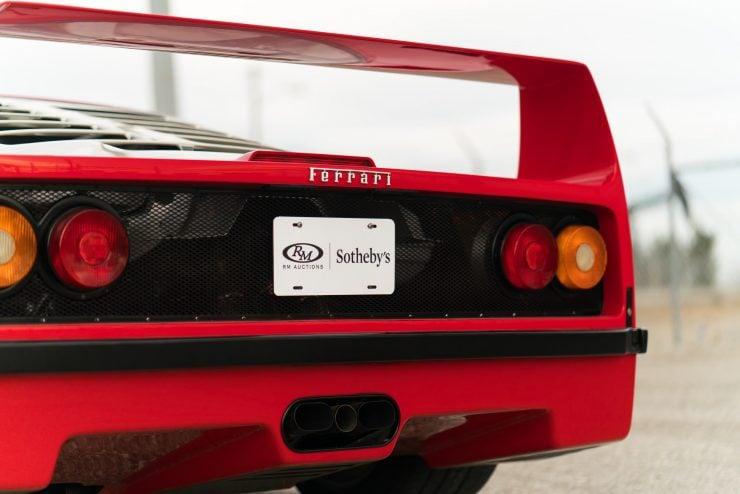 ferrari f40 14 740x494 - 1992 Ferrari F40