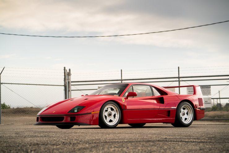 ferrari f40 23 740x494 - 1992 Ferrari F40