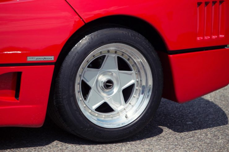 ferrari f40 car 11 740x493