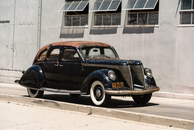 lincoln zephyr v12 car 1 740x494