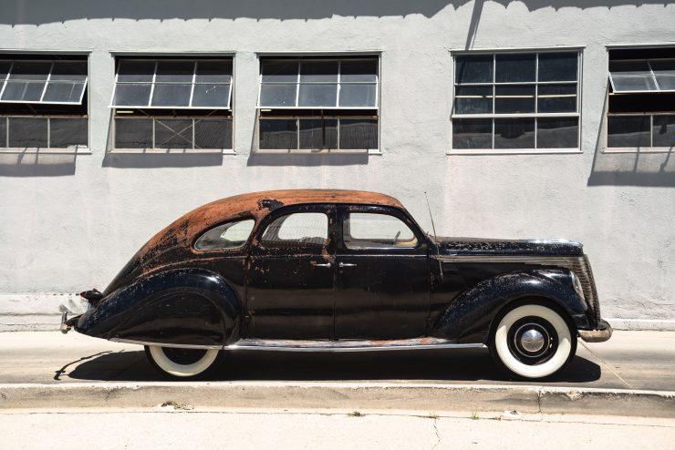 """lincoln zephyr v12 car 2 740x494 - 1936 Lincoln-Zephyr V12 """"Twin-Grille"""""""