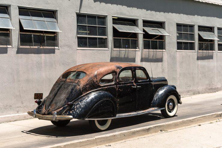 """lincoln zephyr v12 car 28 740x494 - 1936 Lincoln-Zephyr V12 """"Twin-Grille"""""""