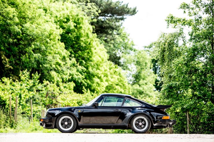 porsche 911 930 turbo 5 740x493 - Ex-Peter Sellers Porsche 930 Turbo