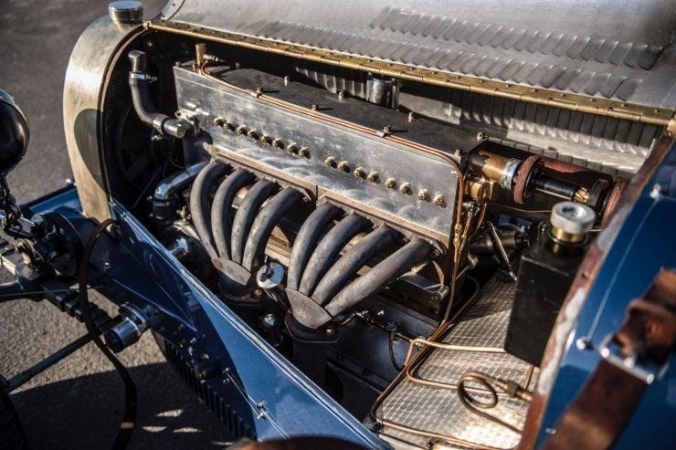 pur sang bugatti type 35 23 740x493 - Pur Sang Type 35