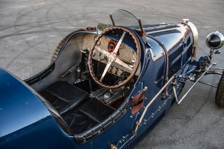 pur sang bugatti type 35 25 740x493 - Pur Sang Type 35
