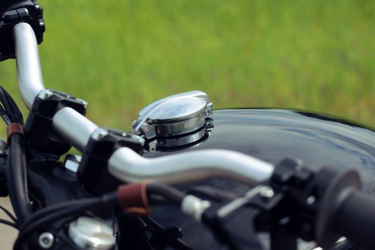triumph bonneville t120 6 740x493 - BAAK Motorcycles Triumph Bonneville T120