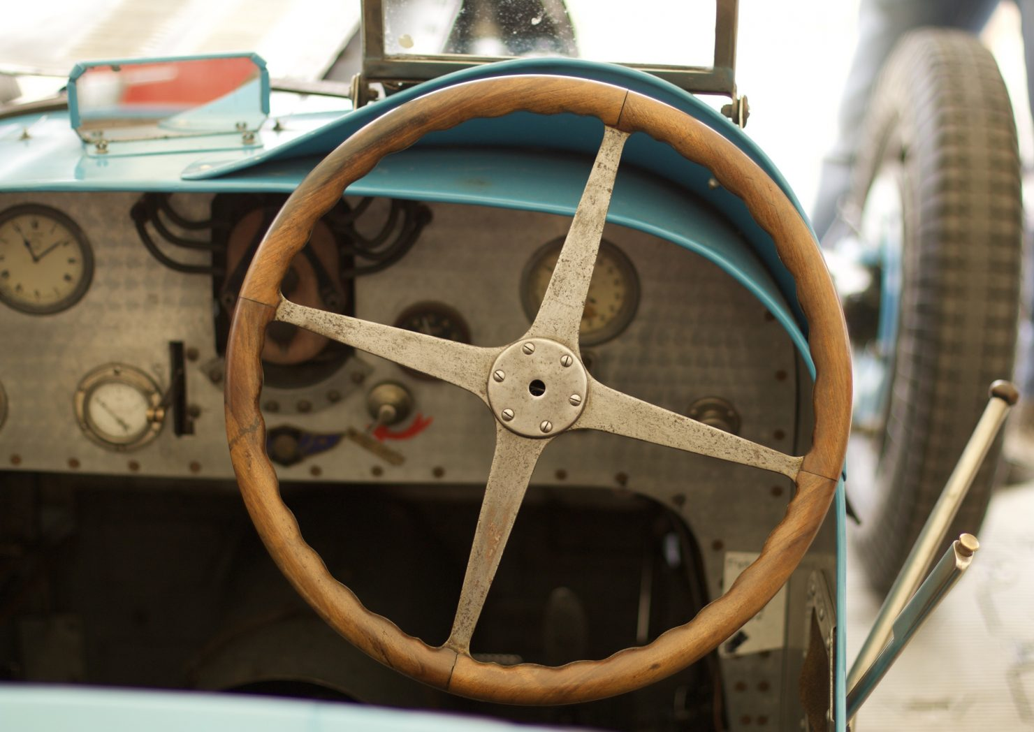 1927 Bugatti Type 35B 1480x1048 - Cockpits of Goodwood