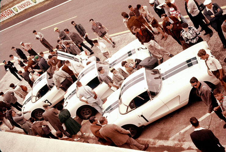 1960 24hrs of Le Mans Corvette Documentary 740x500 - Corvette Documentary: Les 24 Heures du Mans