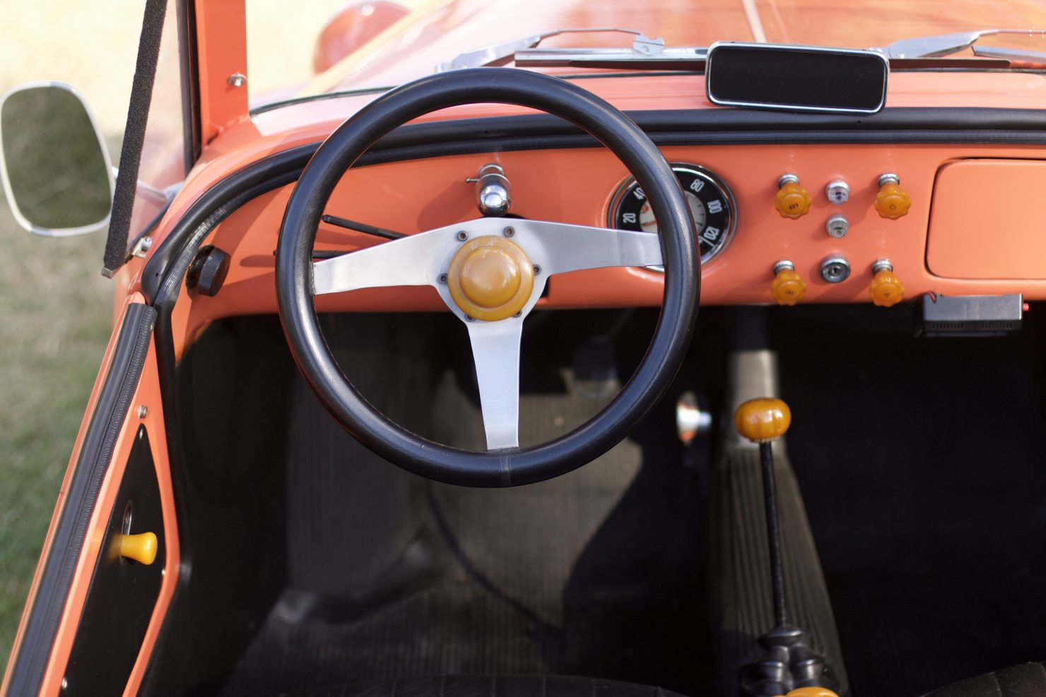 1968 Vignale Fiat 500 Gamine 1480x987 - Cockpits of Goodwood