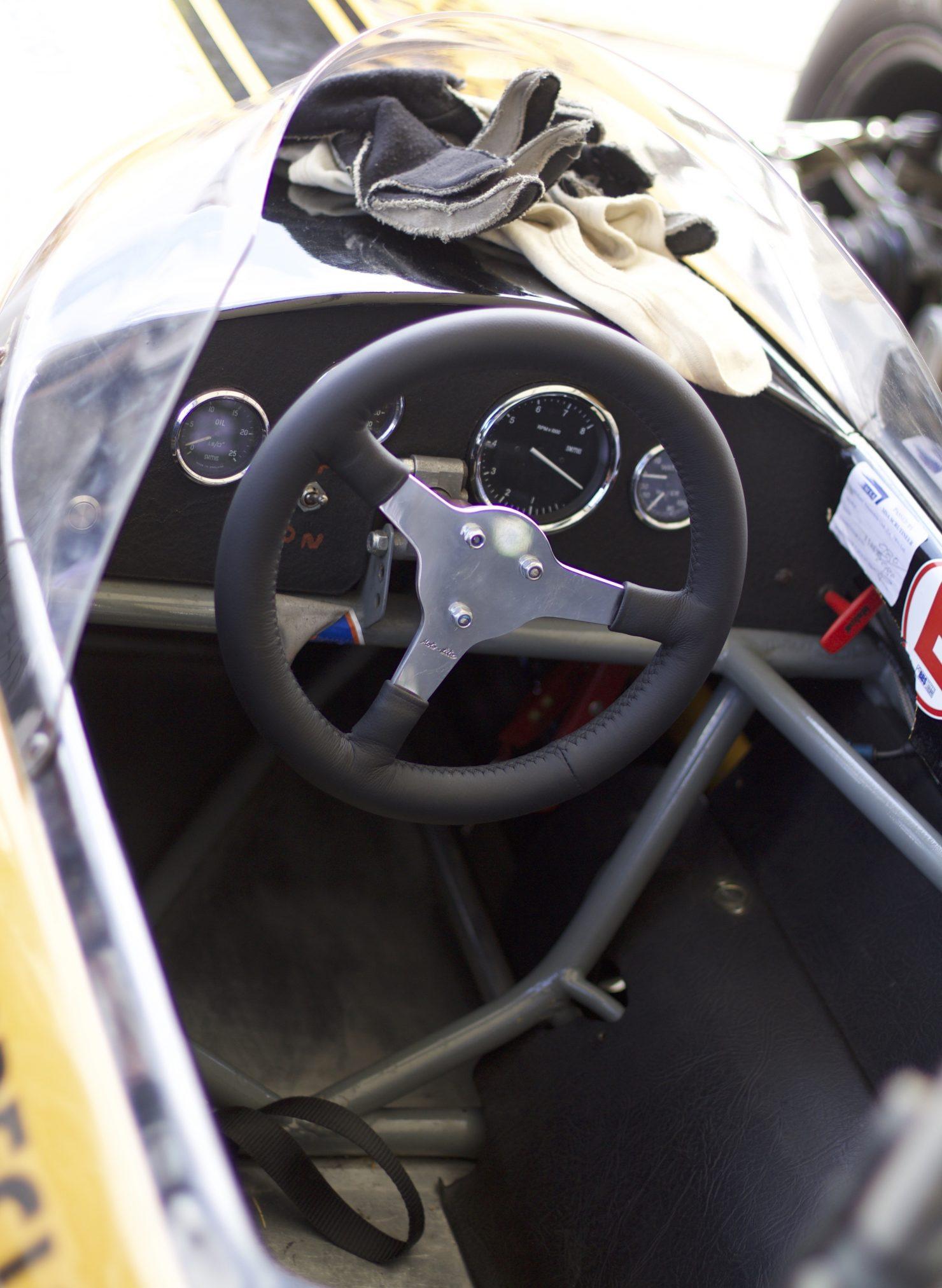 1969 Hepworth Ferguson 1480x2025 - Cockpits of Goodwood