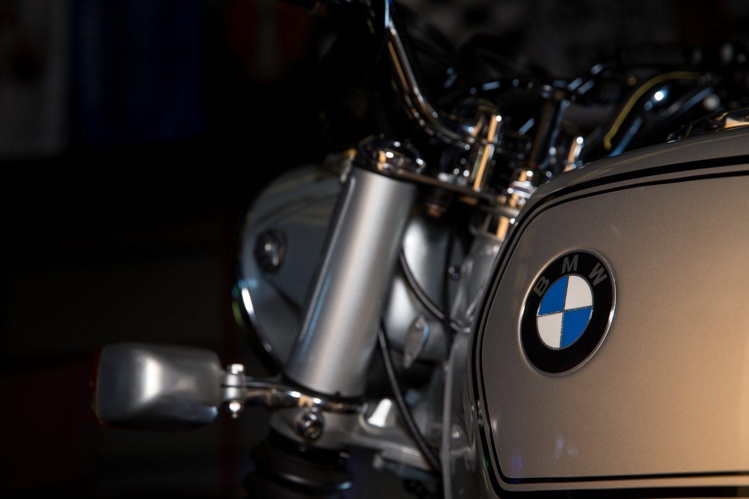 AM6P0354 1480x987 - Immaculately Restored: BMW R75/6
