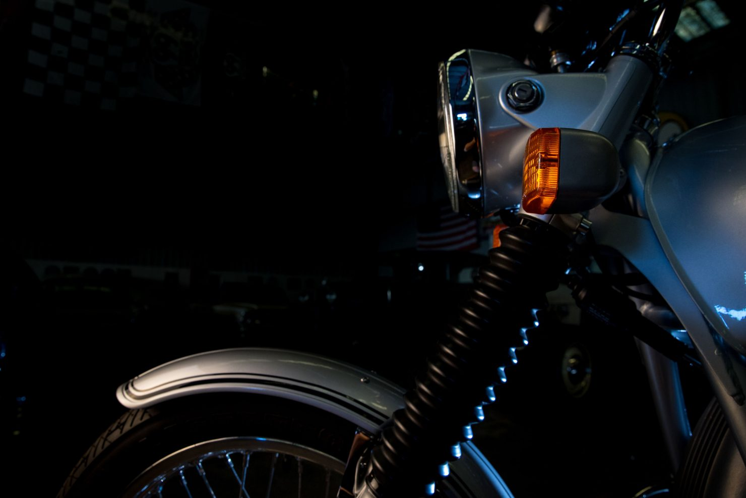 AM6P0461 1480x987 - Immaculately Restored: BMW R75/6