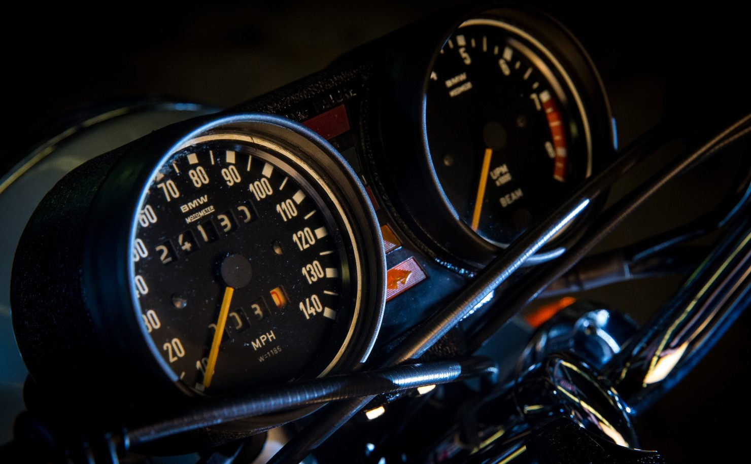 AM6P0462 1480x915 - Immaculately Restored: BMW R75/6