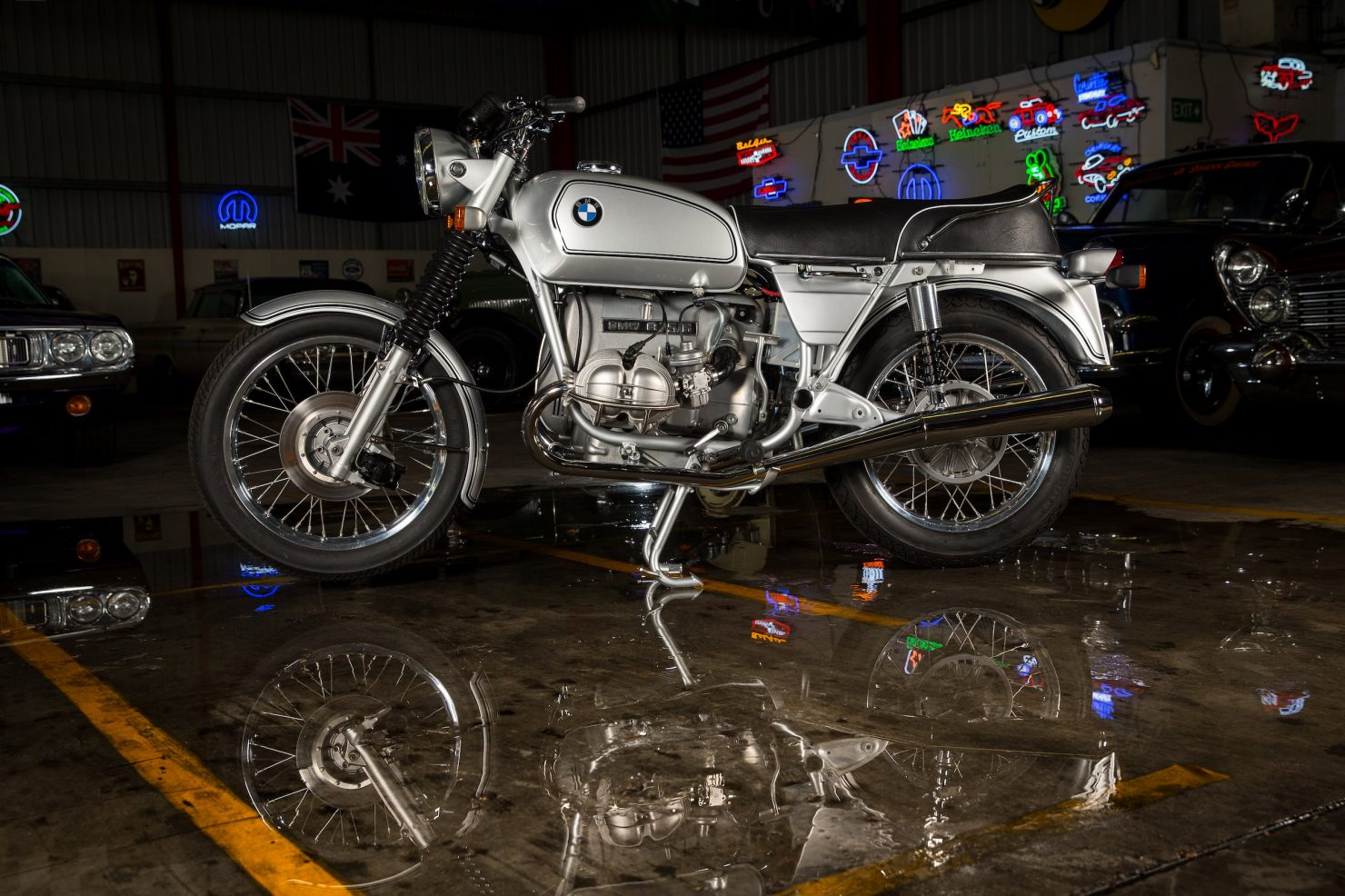 AM6P0514 1480x986 - Immaculately Restored: BMW R75/6