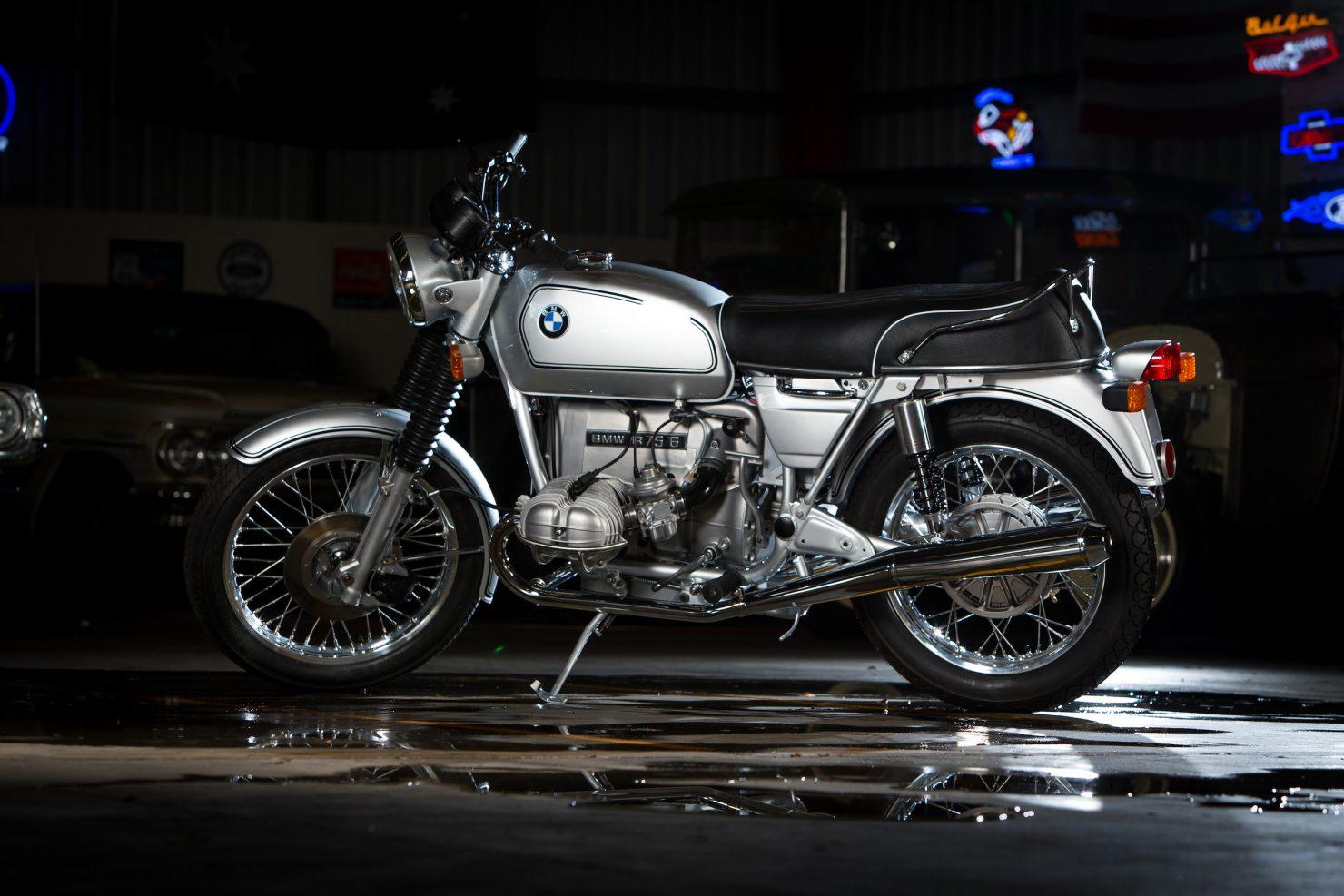 AM6P0562 1480x987 - Immaculately Restored: BMW R75/6