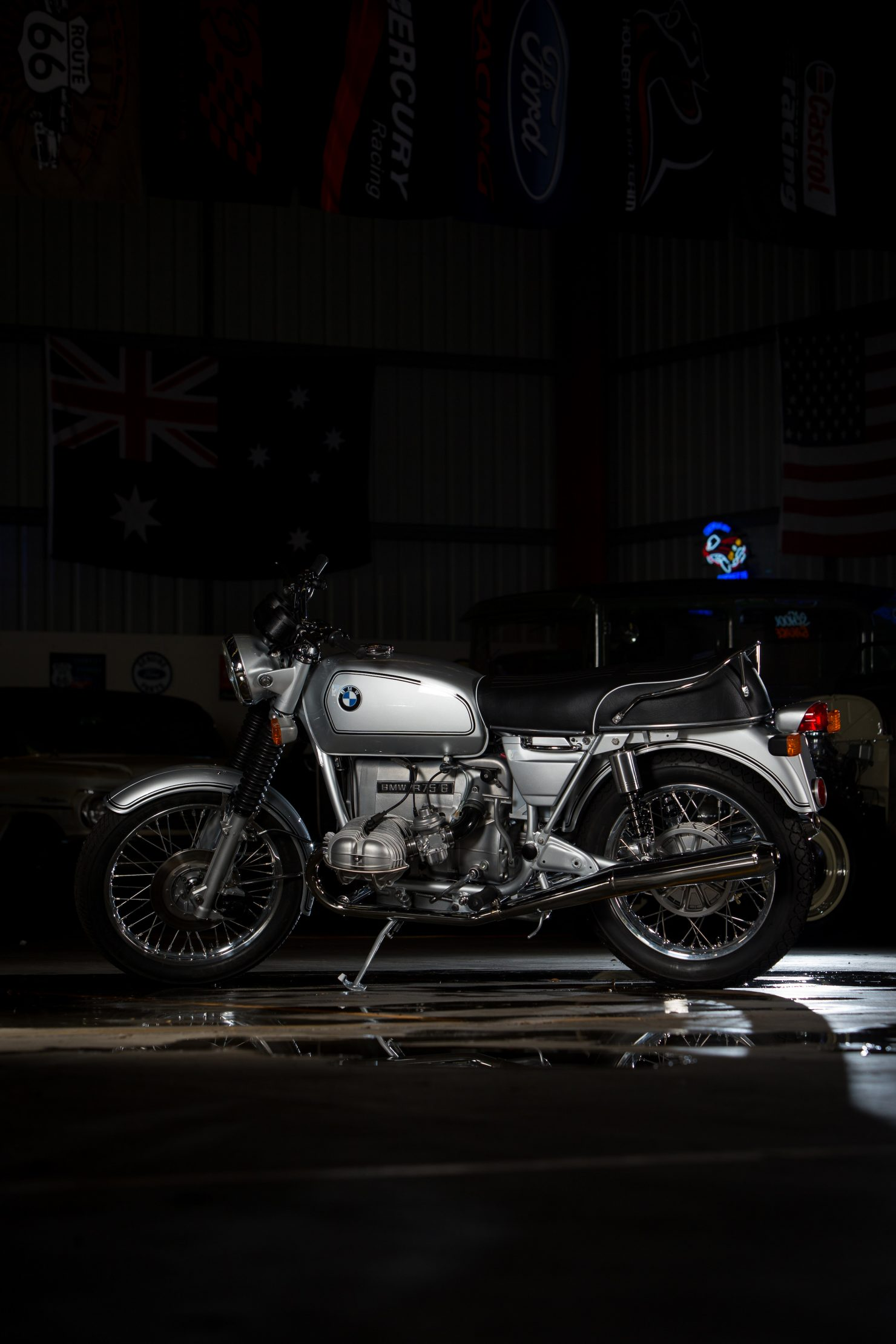 AM6P0573 1480x2220 - Immaculately Restored: BMW R75/6